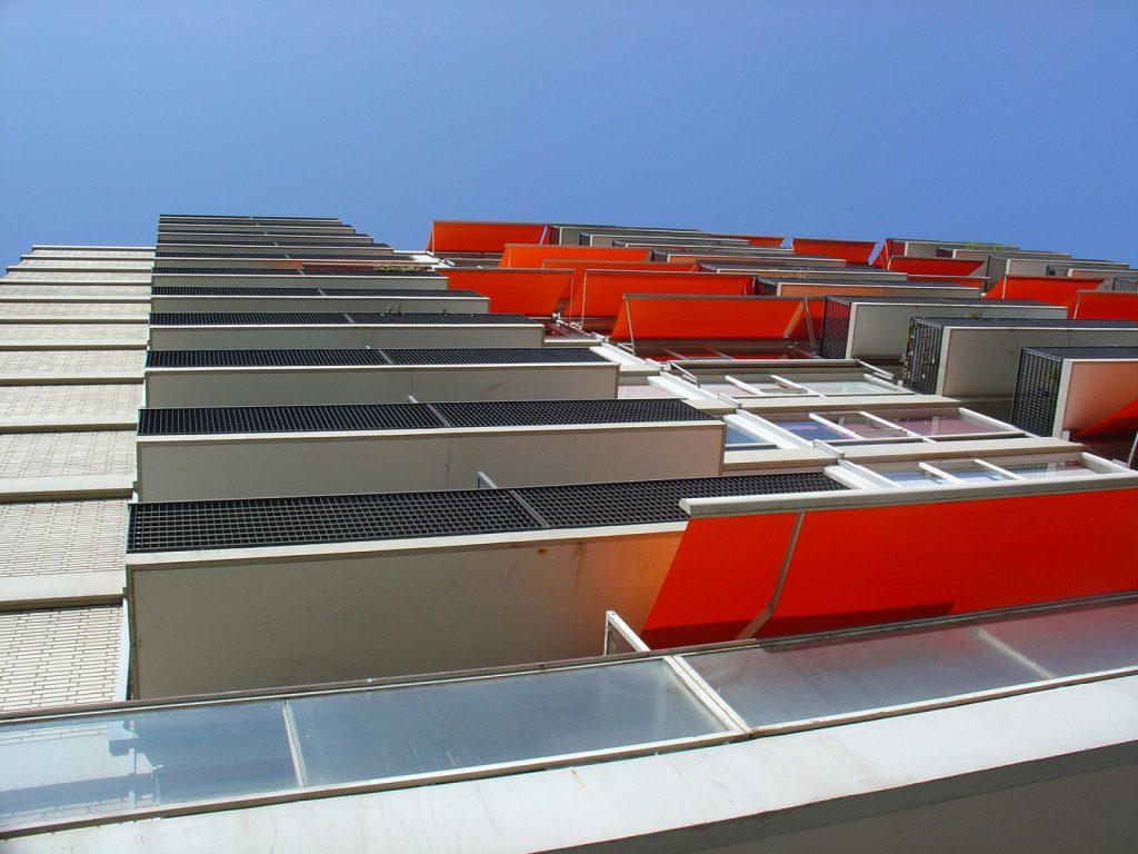 orange-2126216_1920